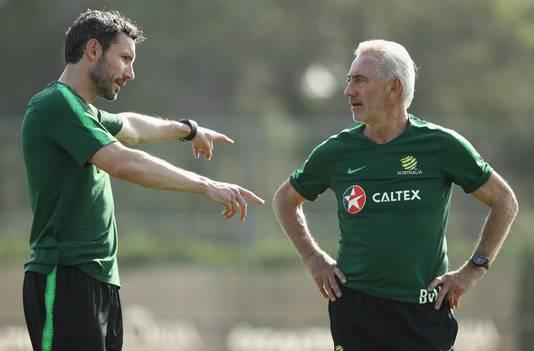 Mark van Bommel is momenteel actief op het WK als assistent-coach van Bert van Marwijk bij Australië.