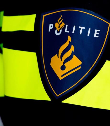 Politie zoekt automobilist die doorreed na ongeval in Leerdam