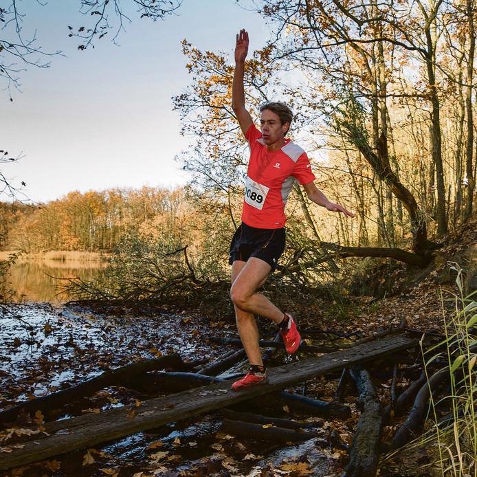Tim van den Broeke schrijft Limburgse trail op zijn naam.