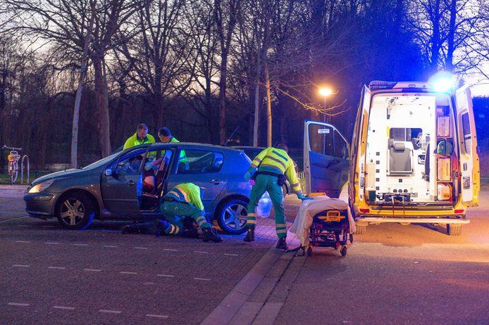 Op de parkeerplaats voor sporthal Mheenpark raakten op 1 februari twee mannen gewond tijdens een schietincident.