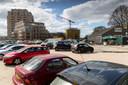 In Willemspoort zouden (links op de foto) 33 parkeerplaatsen voor bezoekers moeten komen.