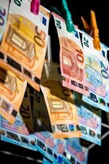 Utrechtse (27) verdacht van witwassen van minimaal 300.000 euro met verhuren van auto's aan criminelen