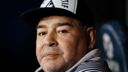 """Zelfisolatie of niet, Maradona neemt geen blad voor de mond: """"Sommige ploegen behandelen hun spelers als slaven"""""""