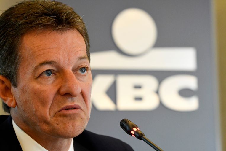CEO Johan Thijs van KBC zegt in een persbericht dat er op de internationale financiële markten de laatste maanden duidelijk een toenemende belangstelling was voor blootstelling aan probleemkredieten.