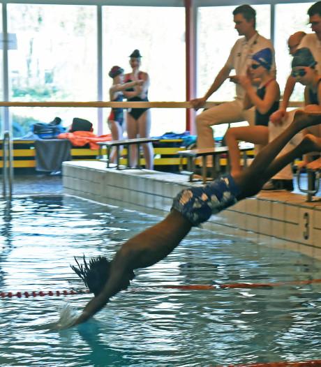 Team Heidepoort en Inghelosenberghe winnaar schoolzwemkampioenschap
