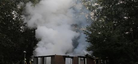 Vakantiewoning brandt volledig uit in Rijssen