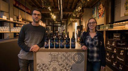 St. Bernardus veilt Willem Vermandere-flessen en Bart Peeters-biertjes voor Music for Life