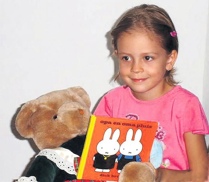 De laatste foto van Isra is uit 2007, toen de Nederlandse consul haar in Libië mocht ontmoeten.