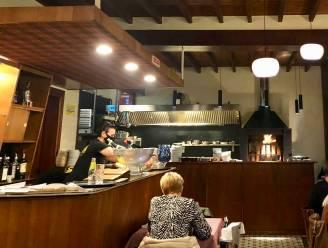 """LEKKER LOKAAL. Restaurant 'In de Zon' is nieuwe culinaire hotspot: """"Van verse gamba's tot botermalse steak op houtvuur"""""""