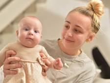 In coma geraakte tiener bevalt onverwacht van gezonde baby