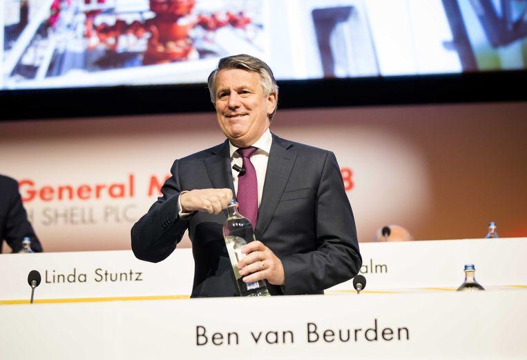 Ben van Beurden, CEO van Shell voor aanvang van de aandeelhoudersvergadering in het Circustheater in Scheveningen. Beeld ANP