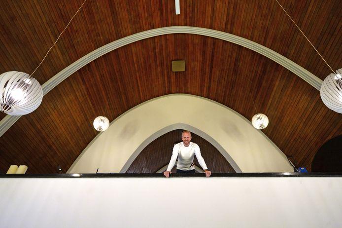Directeur Ton Heerze verhuisde zijn bedrijf Webton Internetdesign naar de Bethlehemkerk.