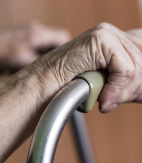 Zorgbehoevende ouderen Dunya Zorggroep staan op straat door conflict met Menzis