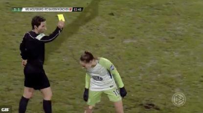 VIDEO: Tessa Wullaert antiheld in Duitse topper met rode kaart, maar spuwde ze richting ref?