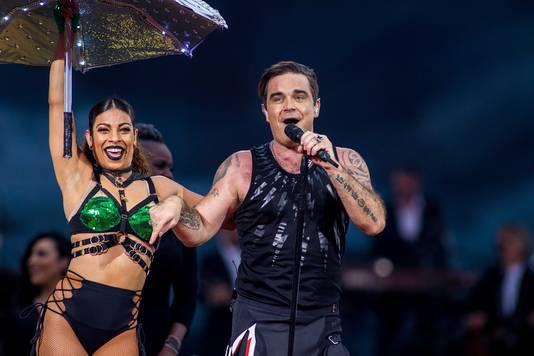 Robbie Williams in Nijmegen tijdens zijn tour The Heavy Entertainment Show vorig jaar.