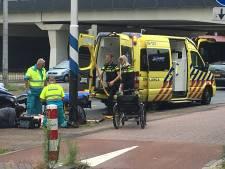 Vrouw in rolstoelfiets aangereden in Utrecht