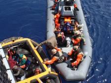 Duizenden migranten gered, 'honderdduizenden komen'