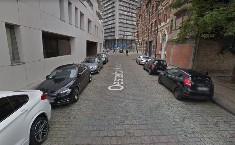 De Mercedes werd gestolen in de Oesterbankstraat.