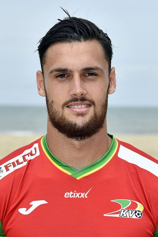 Mathias Bossaerts, hier nog in KV Oostende shirt.