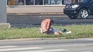 Man ziet foto van dakloze die erg ondervoed is. Maar dan volgt shock wanneer hij beseft om wie het gaat