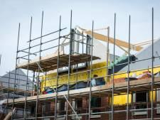 Bouwers uit Ommen en Zwolle nemen samen failliet bedrijf over dat huizenkopers dupeerde in Flevoland