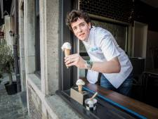 """Beste ijssalon van Gent sluit raamverkoop aan Gravensteen: """"Goede zomerverkoop compenseert de winter niet"""""""