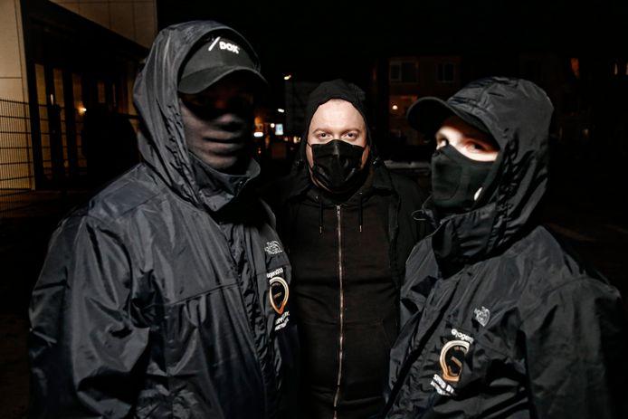 De drie leden van Jagers030 uit Utrecht willen onherkenbaar op de foto.