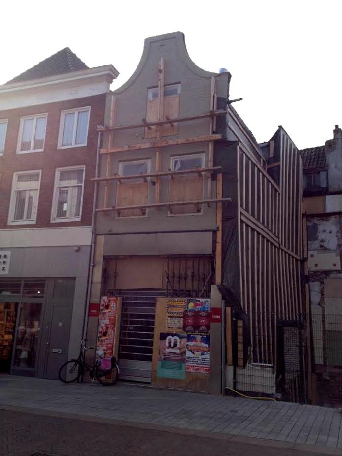 Het pand van de Febo aan de Hinthamerstraat