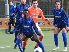 Kampioen Sparta´25 sluit seizoen met overwinning; Wodan speelt nacompetitie voor lijfsbehoud