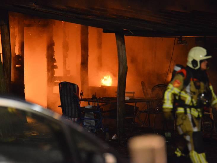 Twee kinderen komen om bij woningbrand in Strijbeek, ook twee gewonden