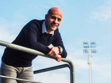 Nieuwendaal vindt uitdaging buiten het veld: 'Zou niet meer willen ruilen'