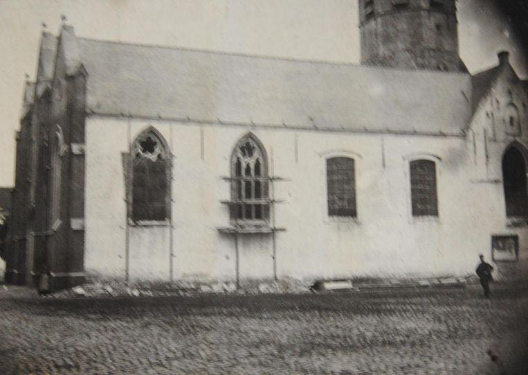 Tot 100 jaar geleden was de kerk van Assenede wit.