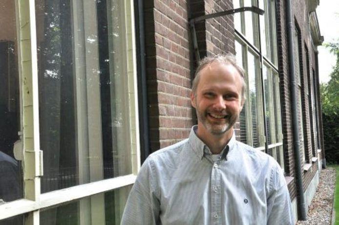 Maarten Beernink van Het Boekenschap gaat in zijn eentje verder.