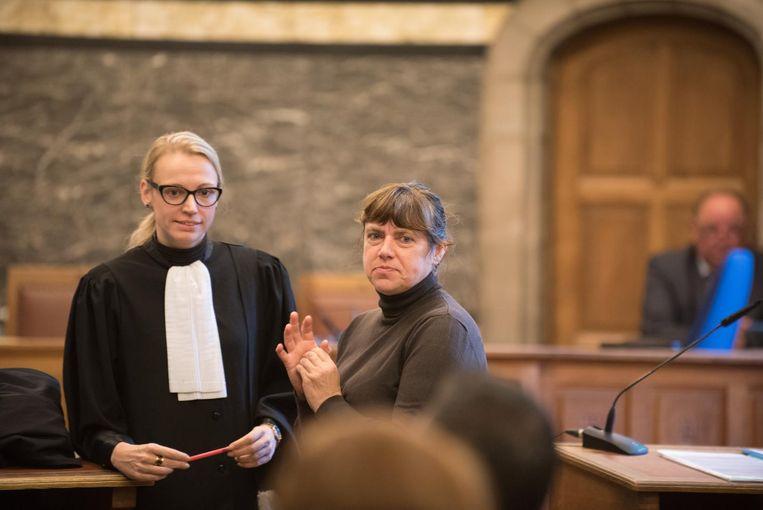 Weduwe Petra Verheecke tijdens de rechtzaak.