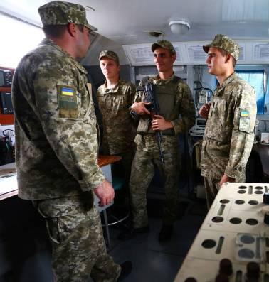 Na de annexatie van de Krim roert Rusland zich ook in omringende wateren