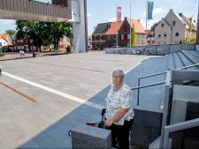 Dalfsen heeft nog steeds geen oplossing voor defecte rolstoellift bij gemeentehuis