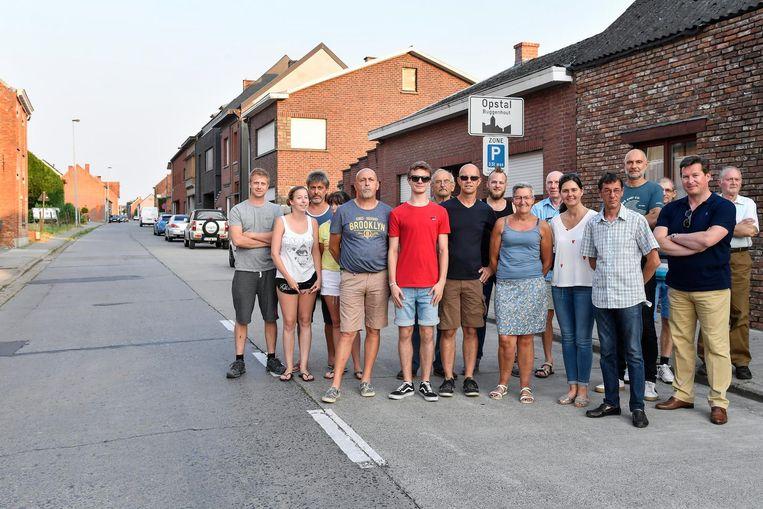 De bewoners van de Molenstraat in Opstal.