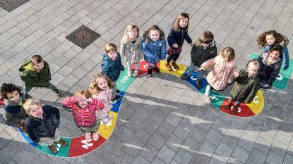 """Minnestraal geeft 'outdoor learning' een kans: """"Kinderen hoeven niet altijd stil aan de schoolbank te zitten om te leren"""""""