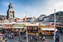 Een archieffoto van de kermis in de binnenstad.