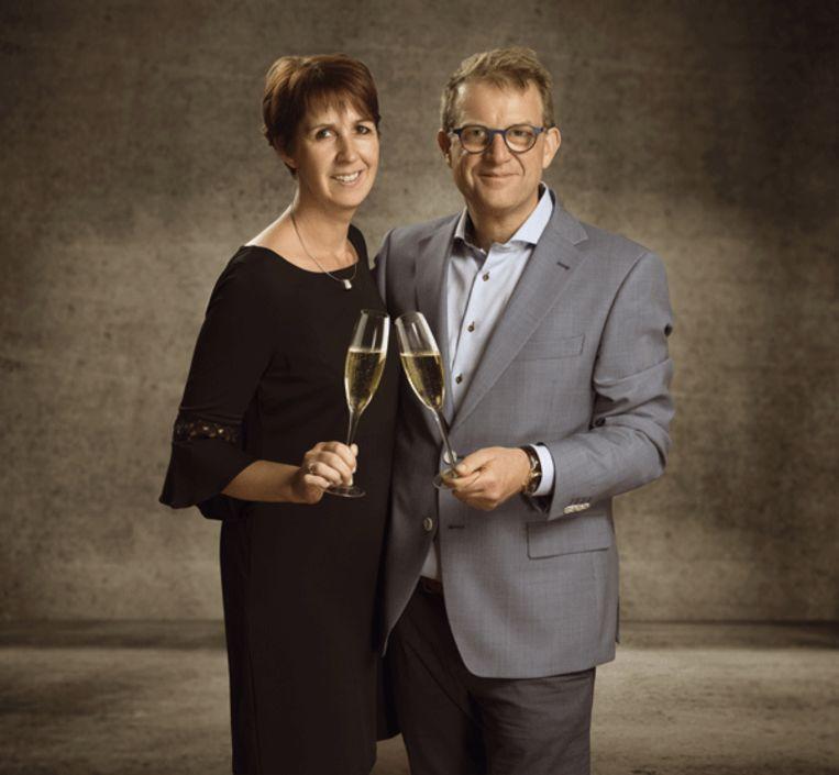 Dulst lanceert Wine for Life! Zaakvoerder Marc Dulst en medezaakvoerster Fabienne