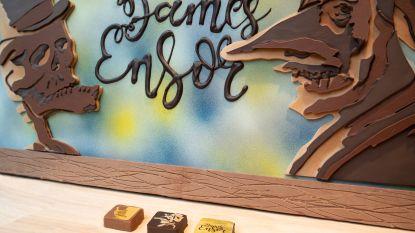 Chocolatier en striptekenaar ontwerpen samen Ensor-pralines ten voordele van dierenasiel