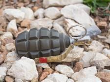 Tasje met twee handgranaten gevonden in tuin Sprang-Capelle, 29-jarige man aangehouden