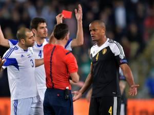 """Cet arbitre a déjà exclu Kompany, mais il a été marqué par sa classe: """"J'ai beaucoup de respect pour lui"""""""
