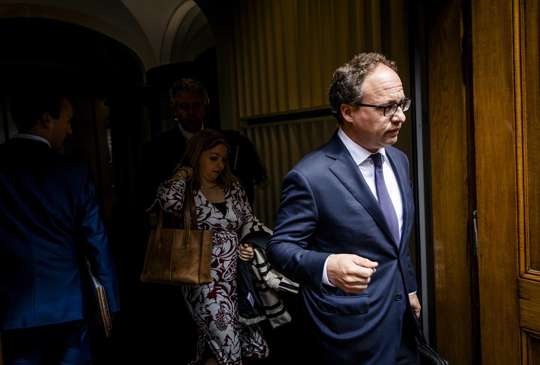 Minister Wouter Koolmees van Sociale Zaken en Werkgelegenheid (D66) na afloop van een overleg met premier Mark Rutte, Lodewijk Asscher en Jesse Klaver over de pensioenen.