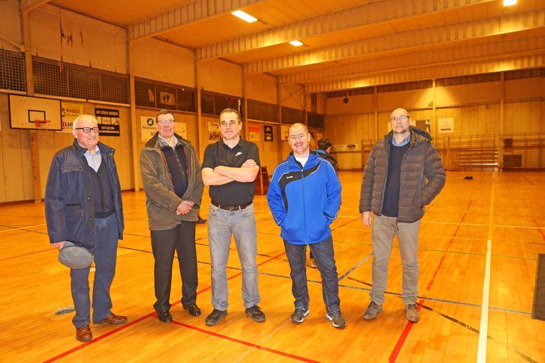 De drijvende krachten achter volleybalclub Kruikenburg nemen binnenkort afscheid van hun oude sportzaal.