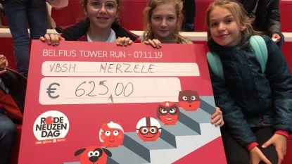 Vrije Basisschool Herzele geeft aftrap voor de Rode Neuzen Dag op trappenloop in Brussel