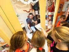 Vijf leerlingen stappen dag in glazen kas voor Serious Request