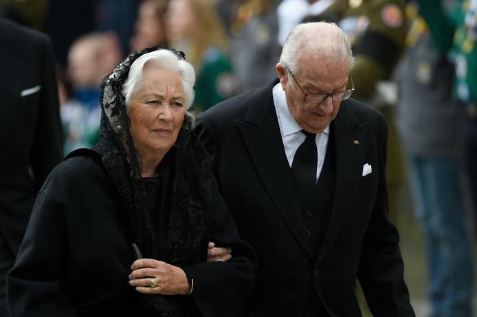 La reine Paola avec le roi Albert II lors des funérailles du Grand-Duc Jean de Luxembourg.