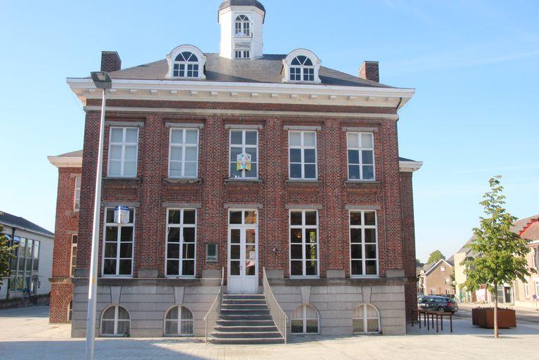 Huize Moens huisvest momenteel de kunstacademie van Lede.