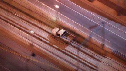 Man rijdt metrotunnel in na politieachtervolging
